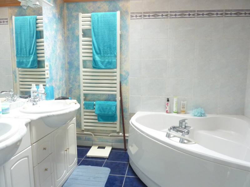 Sale house / villa Courcouronnes 330000€ - Picture 5