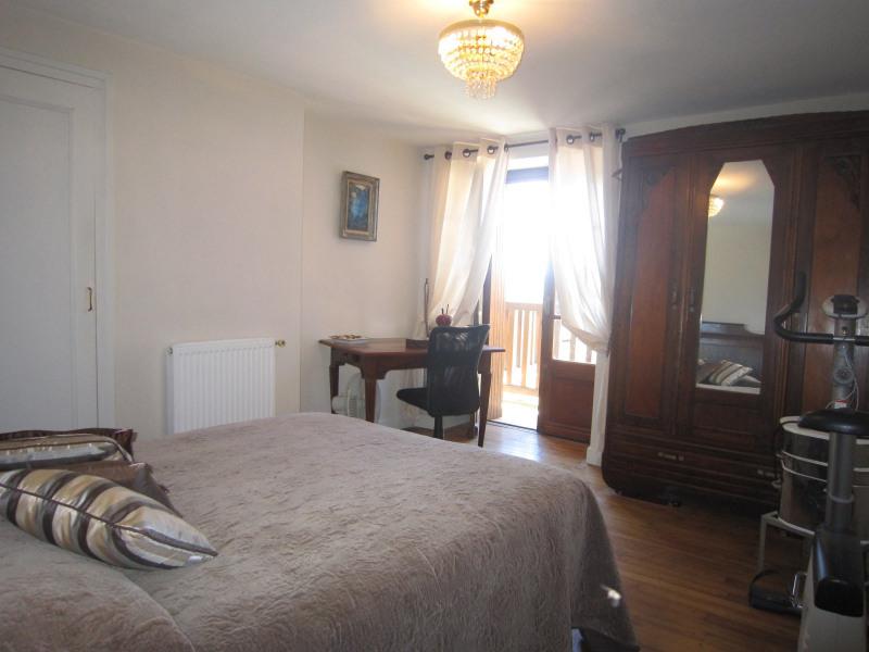 Sale house / villa Belves 339200€ - Picture 6