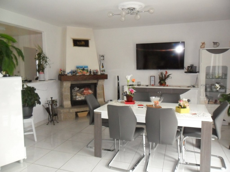 Vente maison / villa Saint jean brevelay 159750€ - Photo 2
