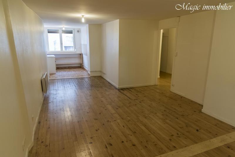Rental apartment Nantua 408€ CC - Picture 1