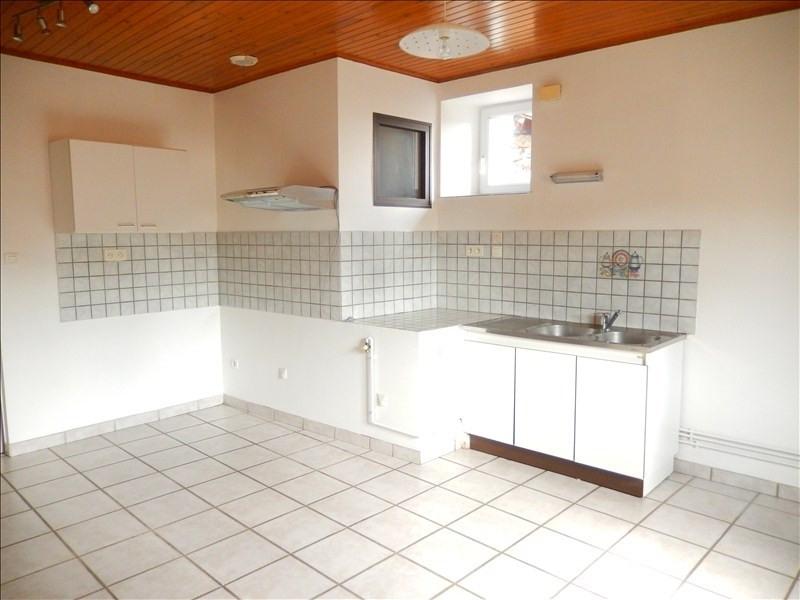 Location appartement Coubon 311,79€ CC - Photo 1