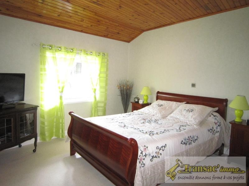 Vente maison / villa Celles sur durolle 242650€ - Photo 5