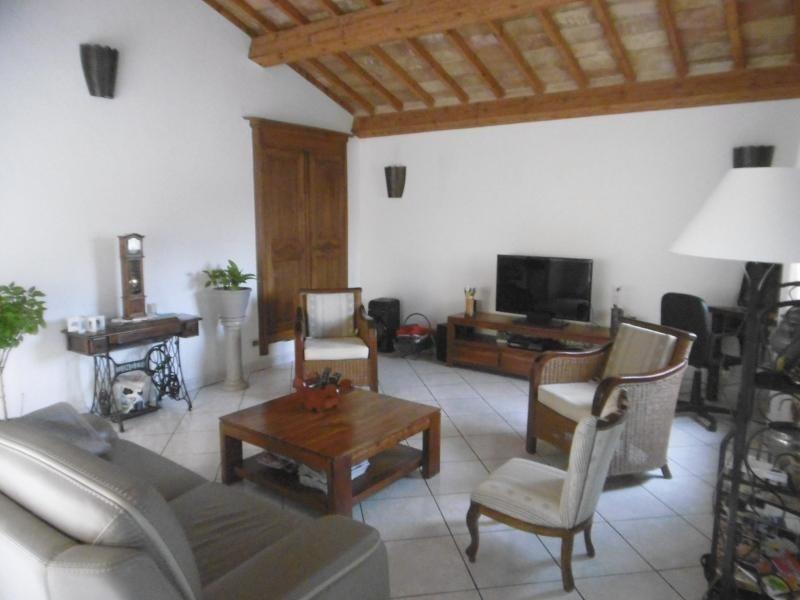 Vente maison / villa Aubais 399500€ - Photo 2