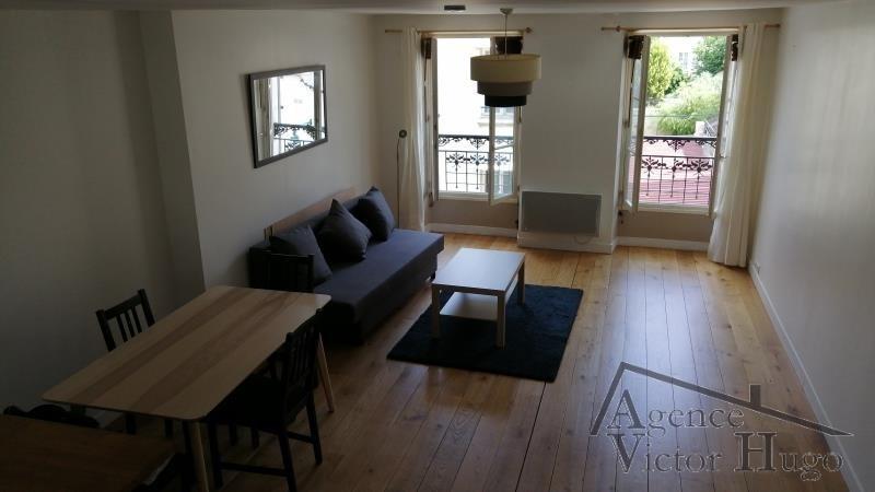 Rental apartment Rueil malmaison 1250€ CC - Picture 1