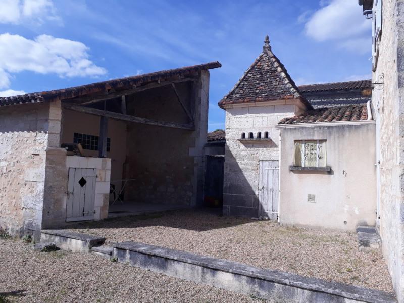 Vente maison / villa Blanzaguet-saint-cybard 156600€ - Photo 2