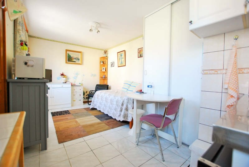 Investment property house / villa Argenteuil 90000€ - Picture 2
