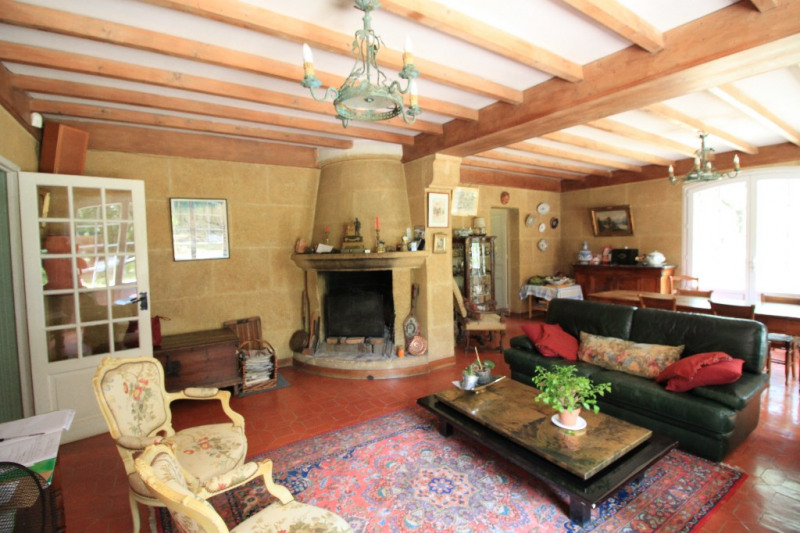 Deluxe sale house / villa Jouques 598500€ - Picture 10