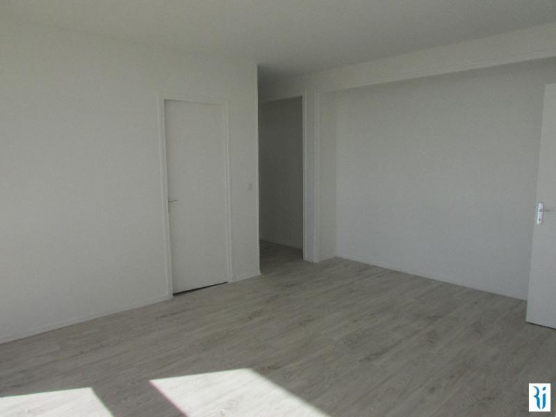 Sale apartment Mont st aignan 134000€ - Picture 3