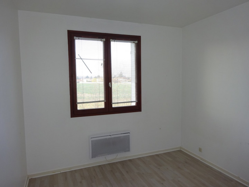 Location appartement Genas 775€ CC - Photo 5