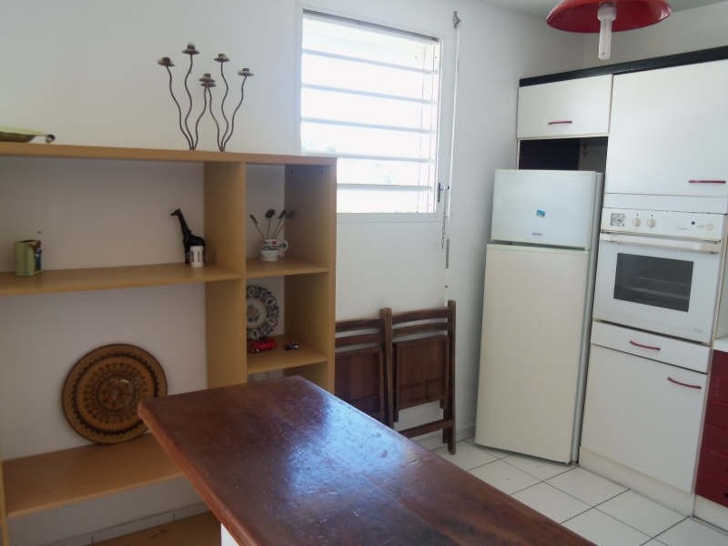 Rental apartment St francois 800€ CC - Picture 5