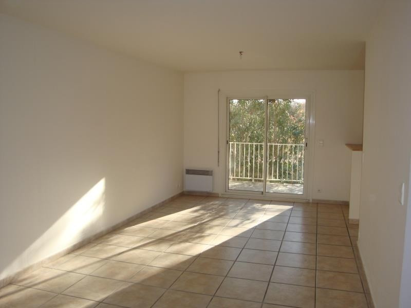 Location maison / villa Perpignan 1 080€ CC - Photo 3