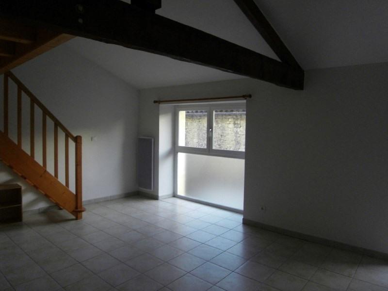 Location appartement Cognac 332€ CC - Photo 2