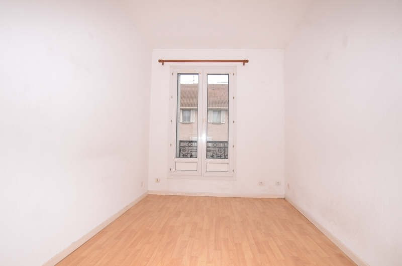 Location appartement Le perray en yvelines 590€ CC - Photo 2