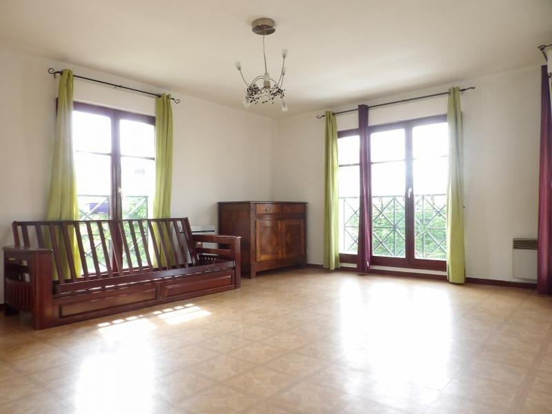Sale apartment Noisy le grand 139000€ - Picture 2