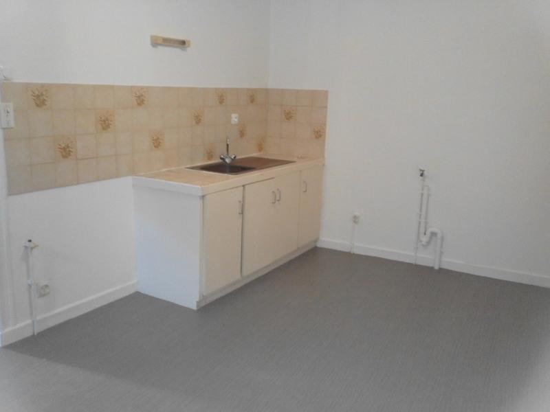 Sale house / villa Barbezieux-saint-hilaire 115500€ - Picture 3