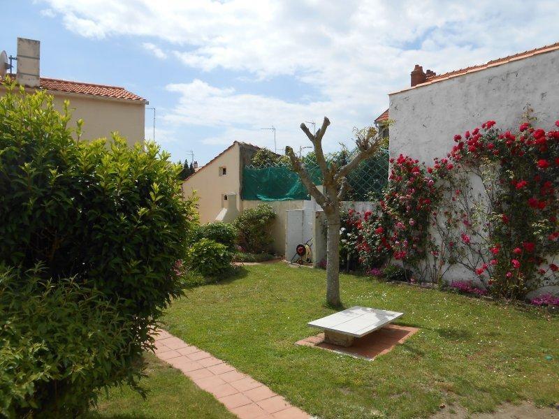 Sale house / villa Les sables d'olonne 325500€ - Picture 11