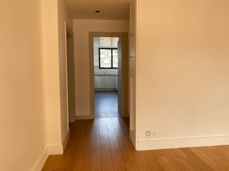 Rental apartment Paris 16ème 3 095€ CC - Picture 4