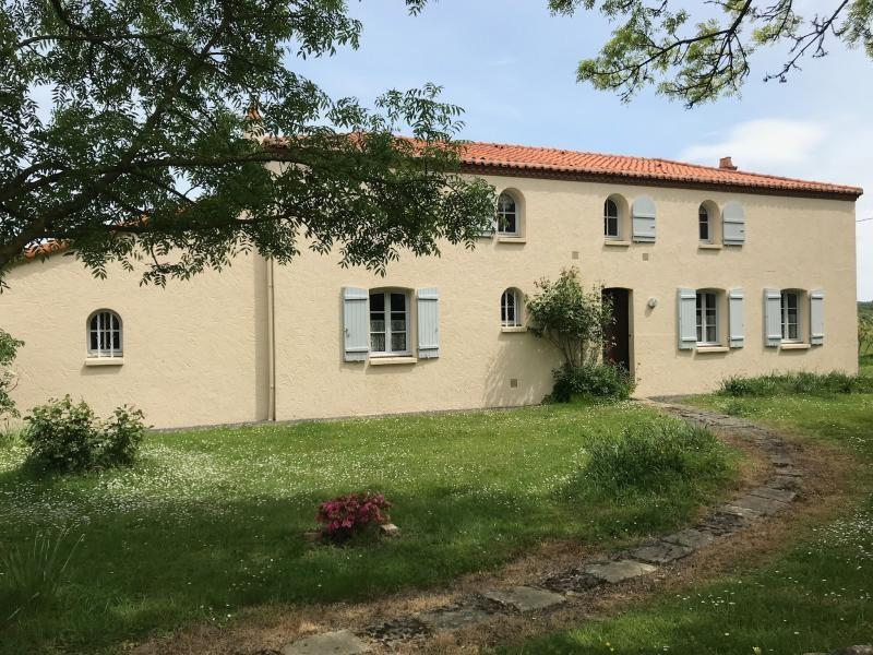 Maison la salle et chapelle aubr - 6 pièce (s) - 180 m²