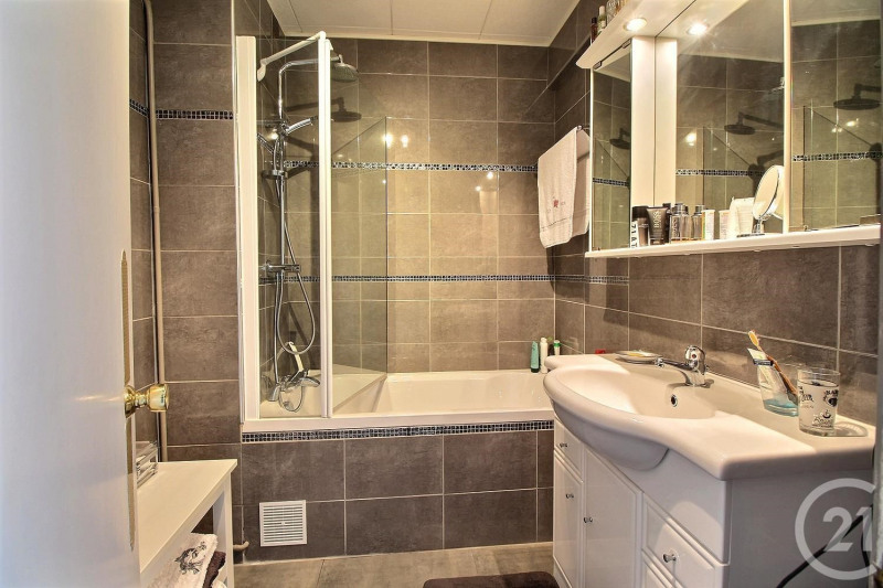 Deluxe sale apartment Arcachon 700000€ - Picture 8