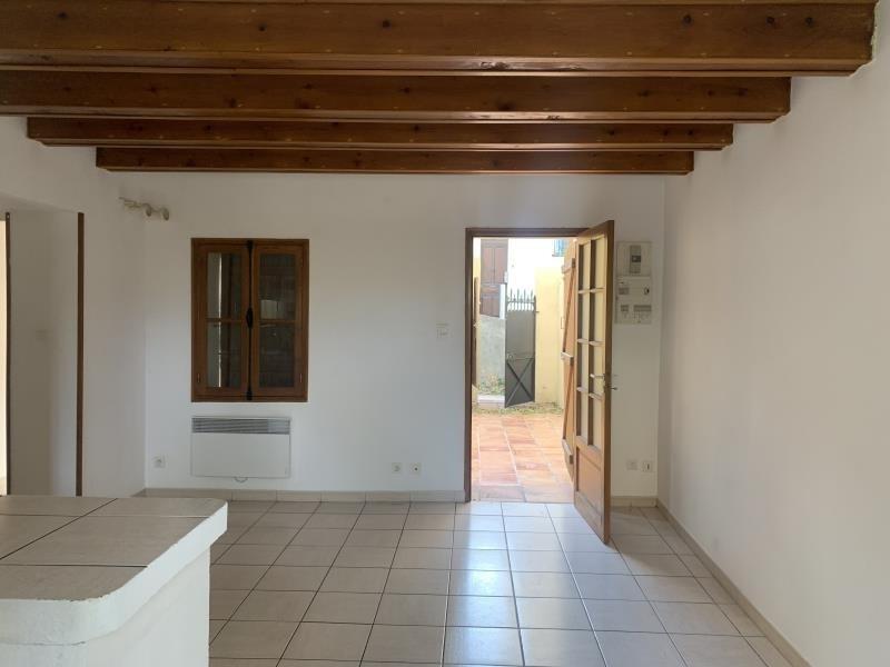Location appartement Marseille 6ème 714€ CC - Photo 3