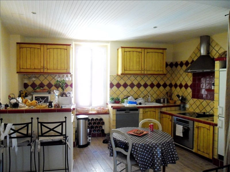Sale apartment Jouques 128000€ - Picture 2