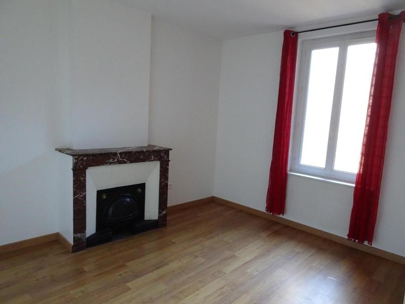 Location maison / villa Belleville 682€ CC - Photo 6