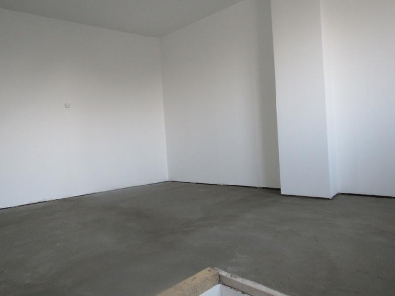 Sale house / villa Bréval 282000€ - Picture 7
