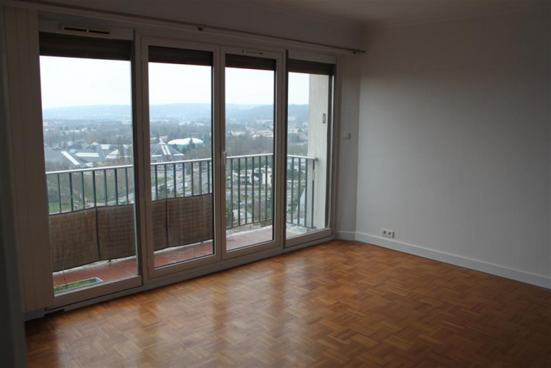 Location appartement Le pecq 2 250€ CC - Photo 1