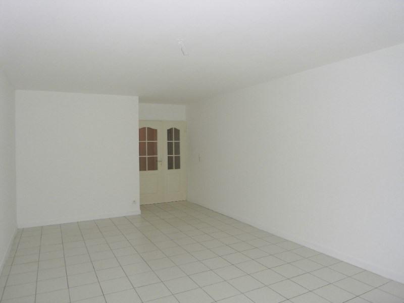 Rental apartment Cognac 650€ CC - Picture 4