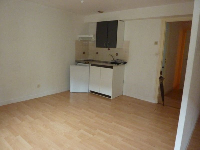 Rental apartment Pontivy 307€ CC - Picture 3
