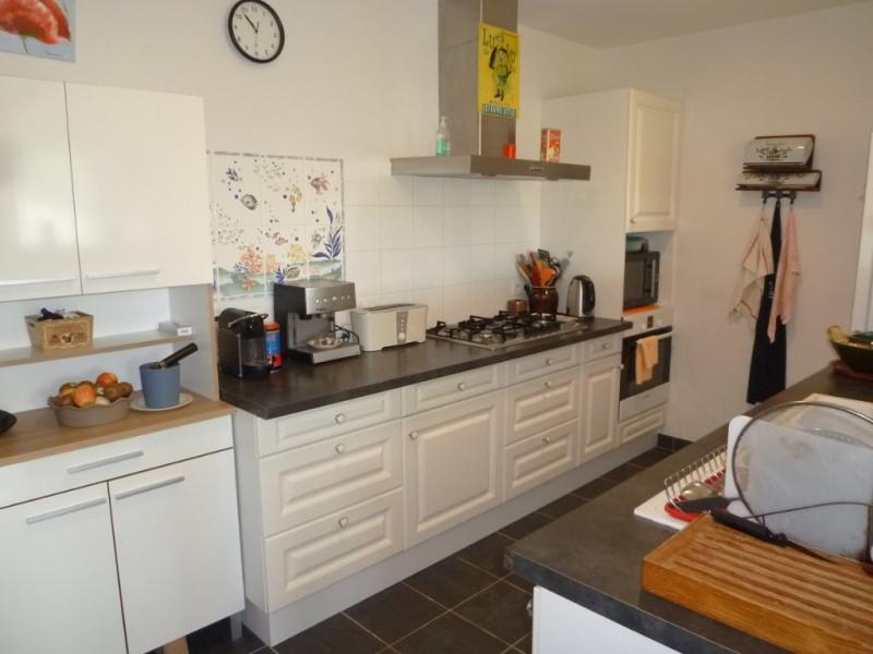 Sale house / villa Cherves richemont 325500€ - Picture 4