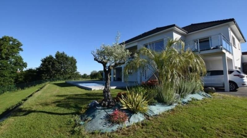 Deluxe sale house / villa St castin 645000€ - Picture 2