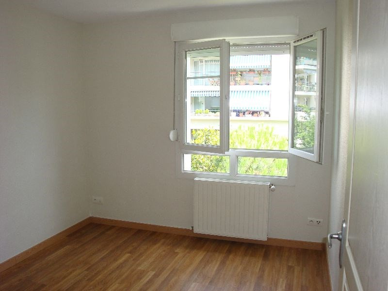 Location appartement Lyon 3ème 805€ CC - Photo 7