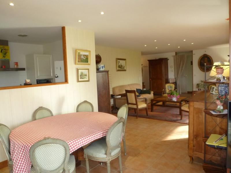 Sale house / villa Cherves richemont 325500€ - Picture 3