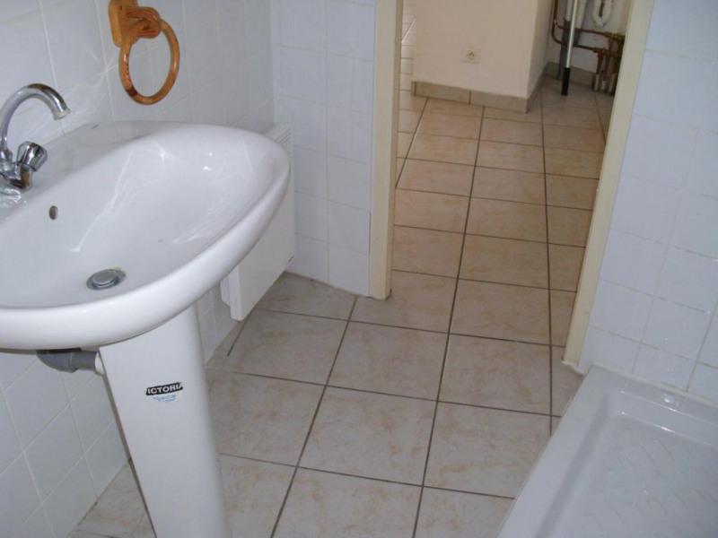 Rental apartment Entraigues sur la sorgue 410€ CC - Picture 5