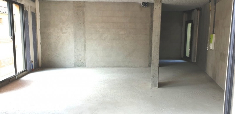 Rental empty room/storage Craponne 850€ CC - Picture 4