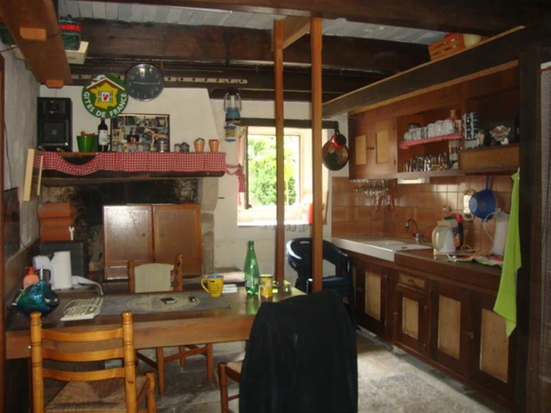 Sale house / villa Villeneuve-la-comtesse 259700€ - Picture 6