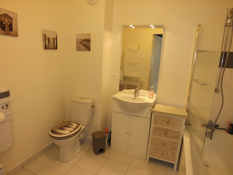 Vacation rental apartment Fort mahon plage  - Picture 8
