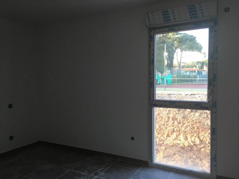 Rental apartment Fréjus 1 055€ CC - Picture 7