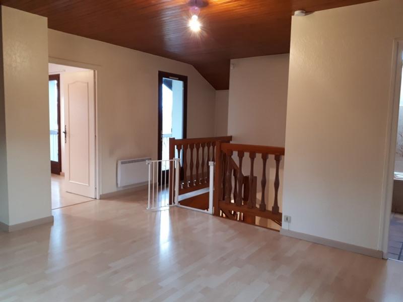 Rental house / villa Cran gevrier 1621€ CC - Picture 4