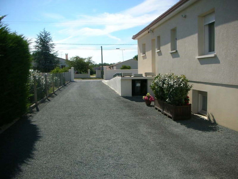 Vente maison / villa Le chay de saujon 399000€ - Photo 8