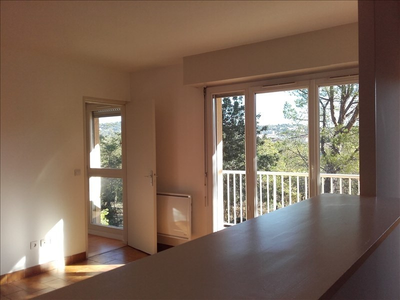 Location appartement Aix en provence 840€ CC - Photo 1
