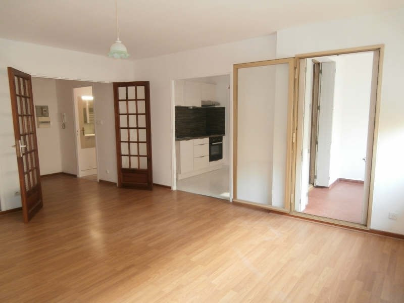 Rental apartment Salon de provence 500€ CC - Picture 1