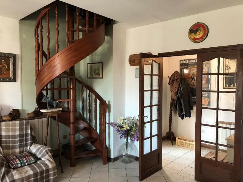 Sale house / villa Le cailar 265600€ - Picture 3