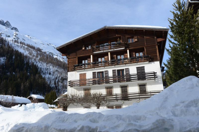Deluxe sale apartment Chamonix-mont-blanc 2 700 000€ - Picture 1
