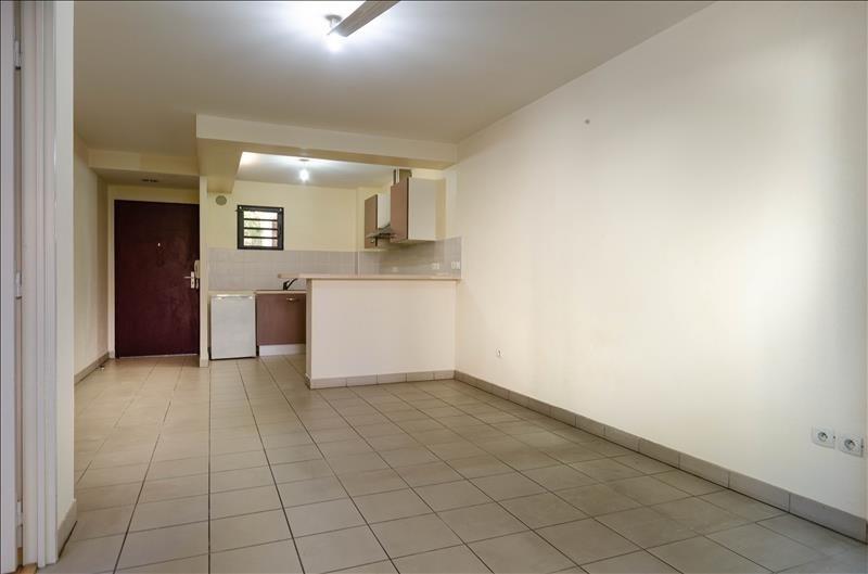 Sale apartment St pierre 115000€ - Picture 3