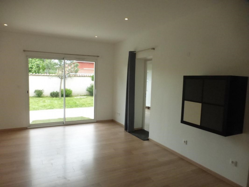 Location maison / villa Chaponost 1 600€ CC - Photo 2