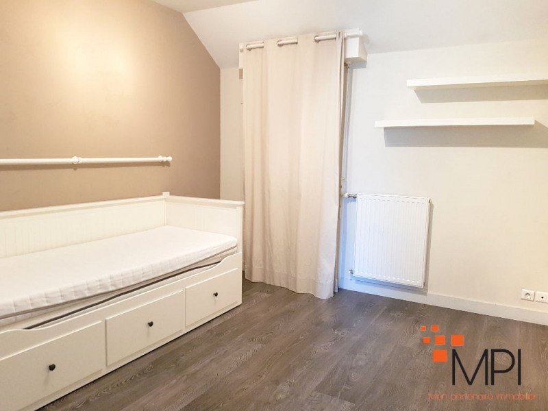 Location maison / villa L hermitage 890€ CC - Photo 6
