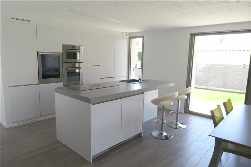 Deluxe sale house / villa Royan 660000€ - Picture 5