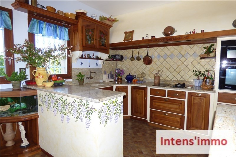 Deluxe sale house / villa Romans sur isere 557 000€ - Picture 3